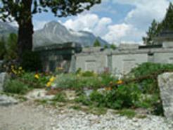 Cimitero_sentiero